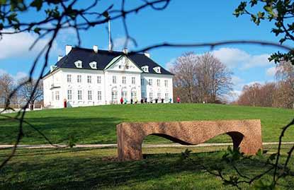 Corner-kunstner Claus Ørntofts værker i Marselisborg Slotspark
